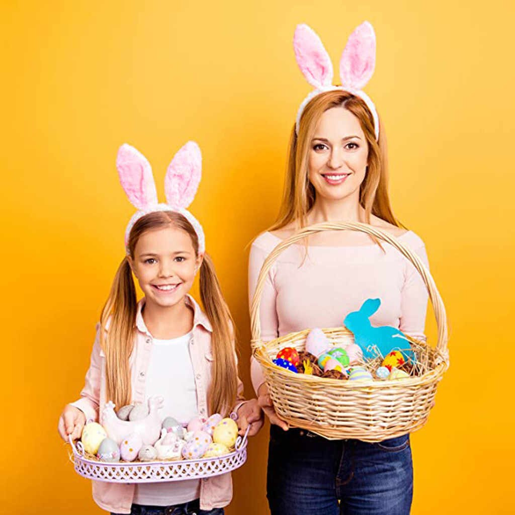 Excited Fashion Preparation For The Girls Easter
