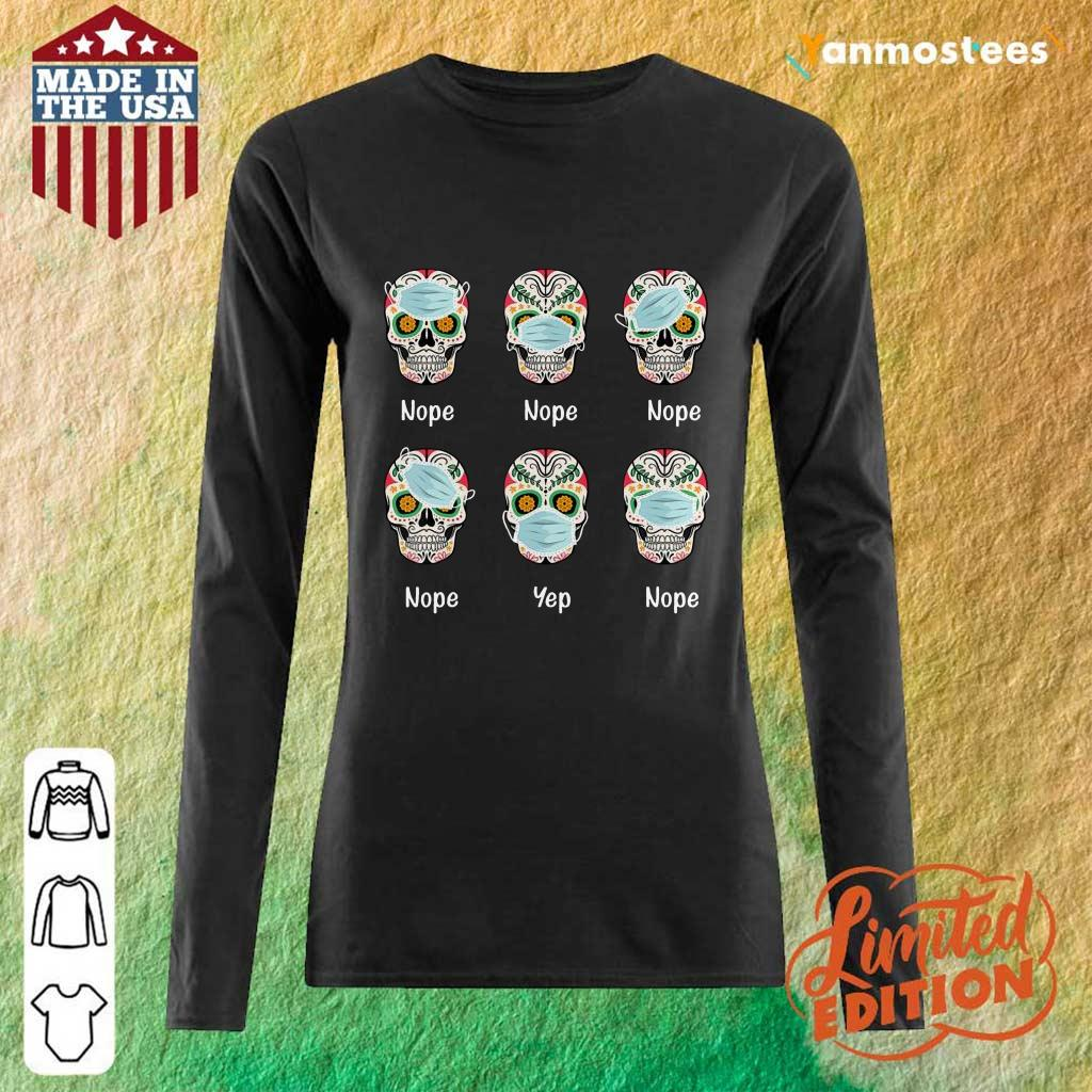 Day Of The Dead 2020 Skull Wearing Mask Funny Gift Halloween Long-Sleeved